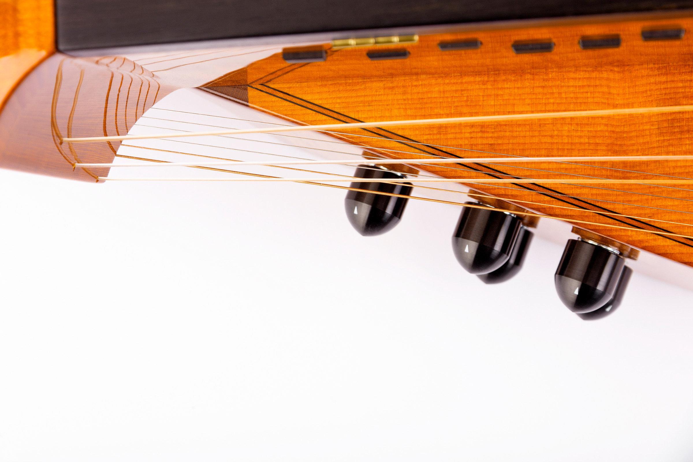 sebastian hilsmann hurdy gurdy maker drehleier extras. Black Bedroom Furniture Sets. Home Design Ideas
